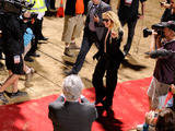 59285-britney-waving-as-she-walks-down-red-carpet-sm