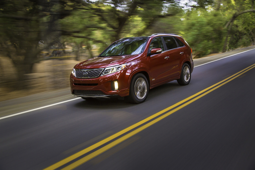 Kia today unveiled a new 2014 U.S.-built Sorento crossover vehicle