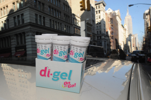 "di-gel Helps New Yorkers ""Undo"" Black Friday Shopping Troubles"