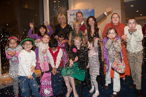 Northwestern Mutual helps Starlight kids unwind at a local theater event.