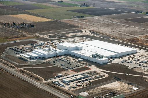 Chobani built the world's largest yogurt plant in Twin Falls, Idaho. Built in 326 days, the Chobani's Twin Falls facility is nearly one million square feet – the equivalent of 20 football fields.