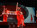 59641-green-advantage-energy-dancers-sm