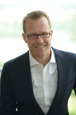 "Matthew Dixon, executive director at CEB and co-author of ""The Effortless Experience"""