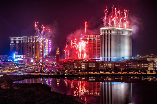 Spectacular pyrotechnics light up the sky above the Cotai Strip development Monday night to mark the end of 2012, a landmark year for Sands China Ltd. And its integrated resorts.