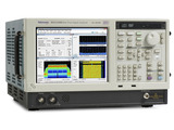 The Tektronix RSA5000B instruments provide 165 MHz real-time capture bandwidth needed for testing 802.11 signals and class-leading minimum signal duration for 100% probability of intercept.