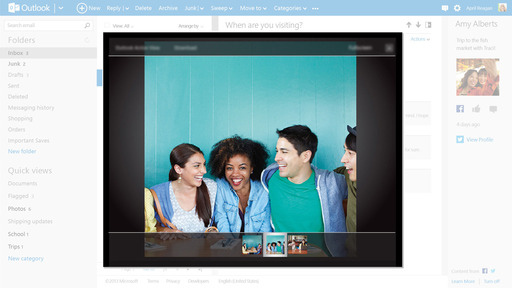 Outlook.com: Photo Viewer