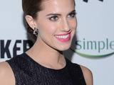 60159-allison-williams-premiere-sm