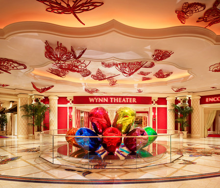 Jeff Koons Tulips sculpture at Wynn Las Vegas. Copyright Jeff Koons. Photo by Barbara Kraft