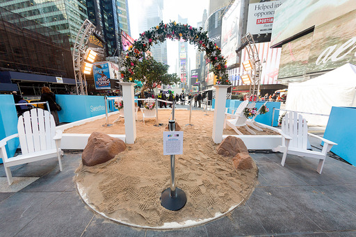 Aruba brings its One Happy Island to life in Times Square this Valentine's Day. Photo Credit: Stephen Freeman 2013
