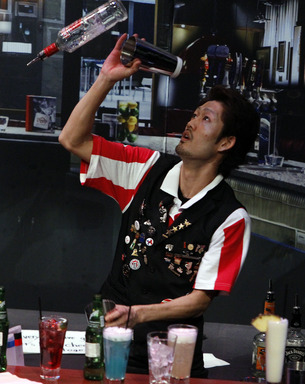 "2012 World Bartender Champion Hiroyuki ""Mark"" Yamada showing off his winning mixology skills."