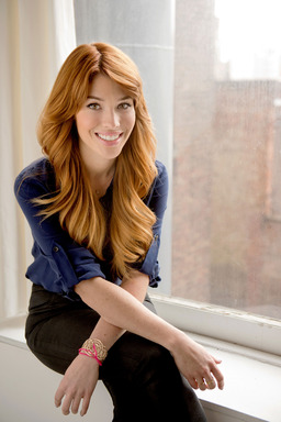 Avon Global Celebrity Makeup Artist Lauren Andersen