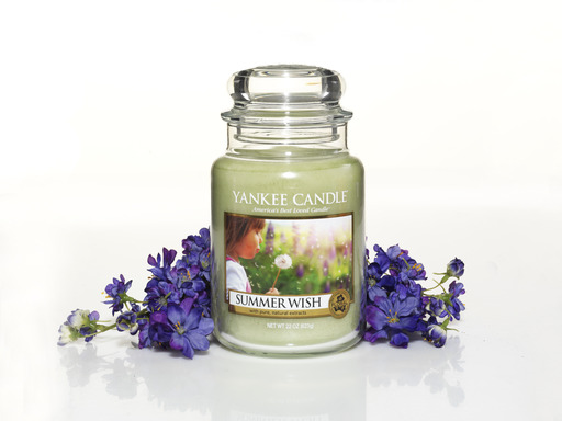 Summer Wish, one of Yankee Candle's four new summer 2013 fragrances, captures the sweet innocence of childhood summer days.