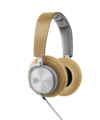 BeoPlay H6 in Tan