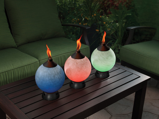 TIKI® Brand Glowing Table Torch has a handcrafted art glass design that creates a stunning visual effect day or night.
