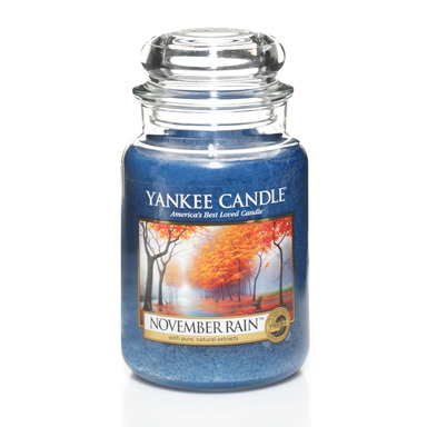 Enjoy the serenity of the season with Yankee Candle November Rain™