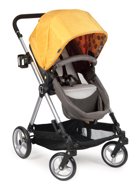 Contours bliss grows with your baby, easily converting from a pram to a stroller seat.