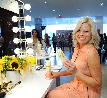 Megan Hilty raving about John Frieda® Sheer Blonde Everlasting Blonde Shampoo and Conditioner