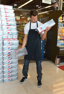 Josh gets in a quick workout in between takes on the set of his new Diet Pepsi video