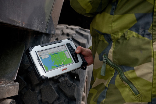 The ALGIZ 7 rugged tablet is IP65-rated and meets stringent MIL-STD-810G military standards for withstanding water, sand & dust, vibration, drops and extreme temperatures.
