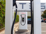 Tesla_supercharger-sm