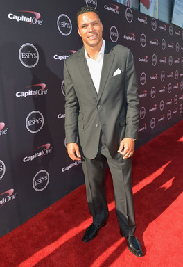 Confidence and great hair are key on the  2013 ESPYS red carpet and tight-end Tony Gonzalez has both. He's teamed up with CLEAR MEN SCALP THERAPY as a presenter at the 2013 ESPYS
