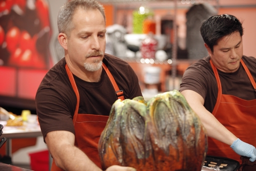 Halloween Wars Contestant builds his display on Food Network's Halloween Wars