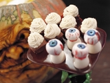 62925-halloween-display-on-food-networks-halloween-wars-sm