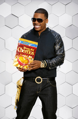 "Superstar Nelly and Buzz the Bee, the iconic Honey Nut Cheerios® character, release ""Must be the Honey"" remix. Join Buzz in his effort to ""spread the honey"" at www.mustbethehoney.com"