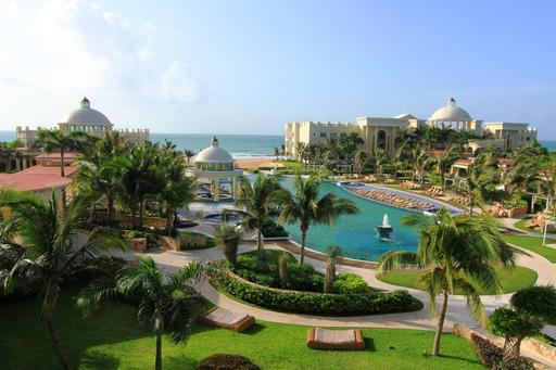 2013 TripAdvisor Travelers' Choice Awards for All-Inclusive Resorts: Iberostar Grand Hotel Paraiso, Playa del Carmen, Mexico – #1 World, #1 Mexico (A TripAdvisor traveler photo)