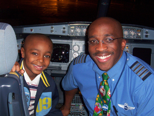 Elijah Hedrington and JetBlue Captain Eric Scott's first meeting in 2003