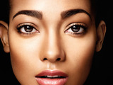63405-flawless-foundation-beauty-image-sm