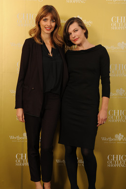 Eva Padberg, Milla Jovovich 10 Jahre Wertheim Village Chic Outlet Shopping