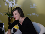 Milla_jovovich_10_jahre_wertheim_village_chic_outlet_shopping_1-sm