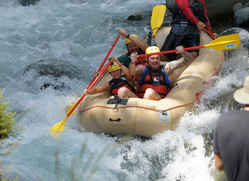 Costa Rica: Host Bert Kreischer takes travelers Kimi and Gabe whitewater rafting on class IV rapids down Costa Rica's Naranjo River.