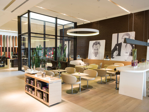 The newest Nespresso Flagship Boutique in Beverly Hills, CA, is the perfect place to shop for Nespresso Grands Crus and machines, or enjoy a moment of indulgence with coffee and sweet or savory fare.