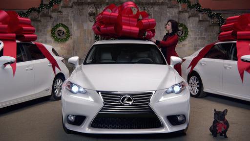 Lexus ''December to Remember'' Sales Event