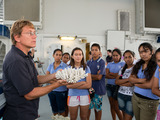 Chief Scientist, Dr. Andrew Bruckner talks about coral to a group of students from French Polynesia. ©iLCP/Michele Westmorland