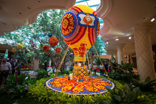 Floral hot air balloon, designed by Preston Bailey, unveiled at Wynn Las Vegas