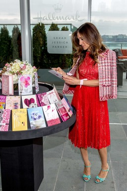 Sarah Jessica Parker unveils her new fashion line for young, modern women, including Hallmark greeting cards, stationery and gift wrap, available exclusively at Hallmark Gold Crown stores.