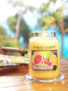 It's easy to shake the winter doldrums with Yankee Candle's new vibrant Citrus Tango(TM), one of five new fragrances for 2014.