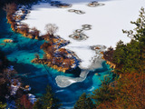 The winter of Sparkling Lake of Jiuzhai Valley