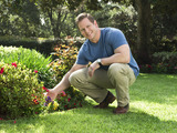 In three new TruGreen webisodes, TV host Jason Cameron provides insights and lawn tips for how to enjoy a brand new spring season, including how green lawns in springtime inspire America's hope.