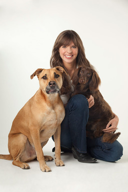 State Farm has teamed up with dog training expert Victoria Stilwell to teach people how to be responsible pet owners and reduce the number of dog bites.