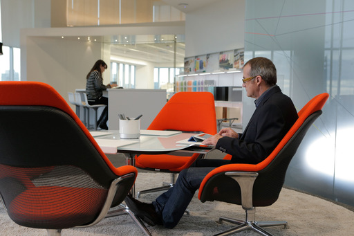 Steelcase research identified design concepts that can help encourage employees' behaviors by enhancing the ability to concentrate and make thoughtful choices amid distractions and disturbances.