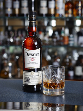 The most distinctive feature of the DEWAR'S look is the trefoil Celtic truth knot that has been embossed onto the glass of every bottle.