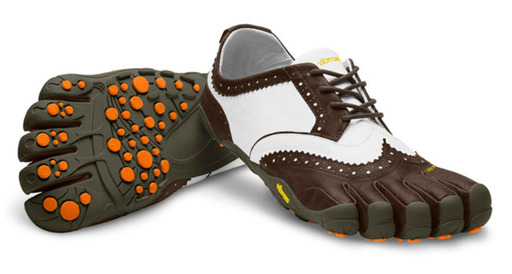 The V-Classic LR – Vibram's 1st golf shoe.  After standard models of Vibram Fivefingers were being adopted by golfers worldwide, Vibram created this award winning design specifically to cater to the demands and the style of the golf course.