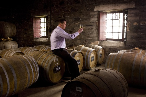 LABEL 5 – GRAHAM COULL – MASTER DISTILLER