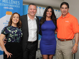 Su-Nui Escobar, dietista registrada, Lucio Guerrero, VP de Comunicaciones, Feeding America, Barbara Bermudo y Paco Velez, CEO de Feeding South Florida Photo credit Barb Pernaris, @pernaris