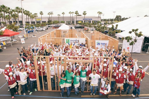 More than 100 volunteers kicked off spring and the Hammers for Habitat volunteer drive under the California sun at Lowe's of Central Long Beach.