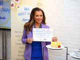 Vanessa Williams shares her favorite way to swap sugar for SPLENDA® Sweeteners as part of the SWEET SWAPS™ Initiative where every post with hashtag #SweetSwaps triggers a donation to fight diabetes
